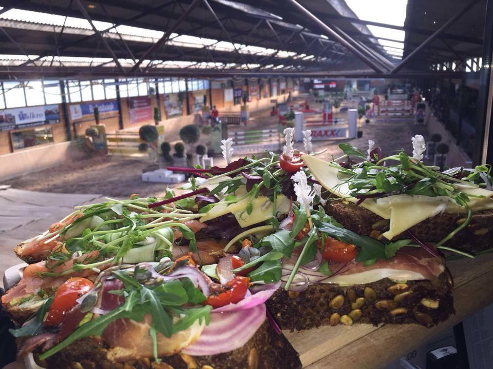 Brabantse-kampioenschappen-is-ruitersporten-met-een-culinair-tintje